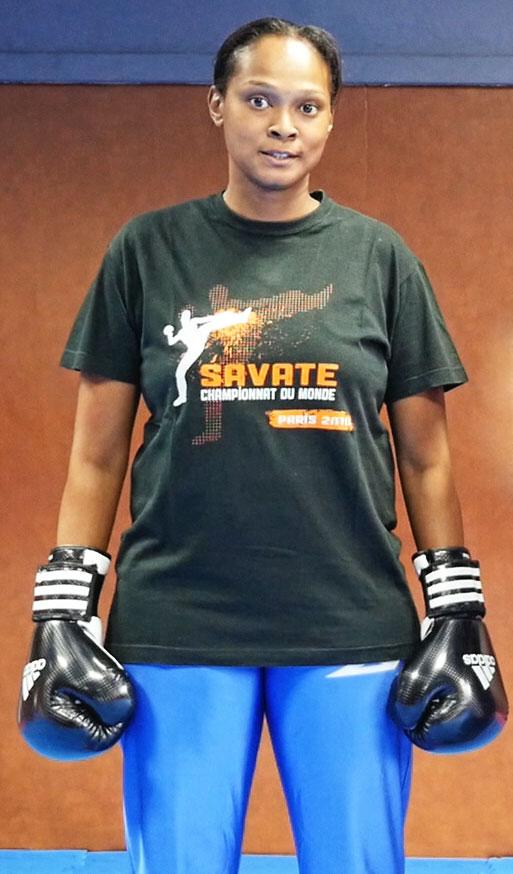 Prof-Savate-Boxe-Francaise-Fabiola-Bupto