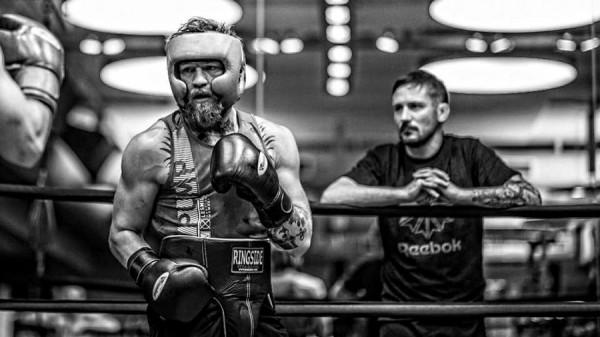 Conor-McGregor-Sparring